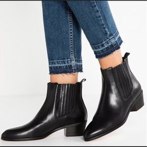 J Crew Pointed Chelsea Black Boots Ankle Boot Sz11